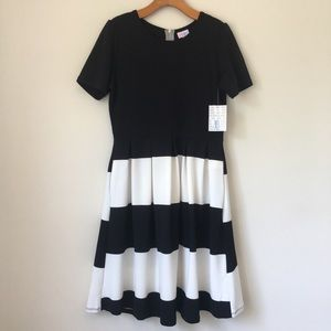 NWT Lularoe | Black + White Amelia Dress